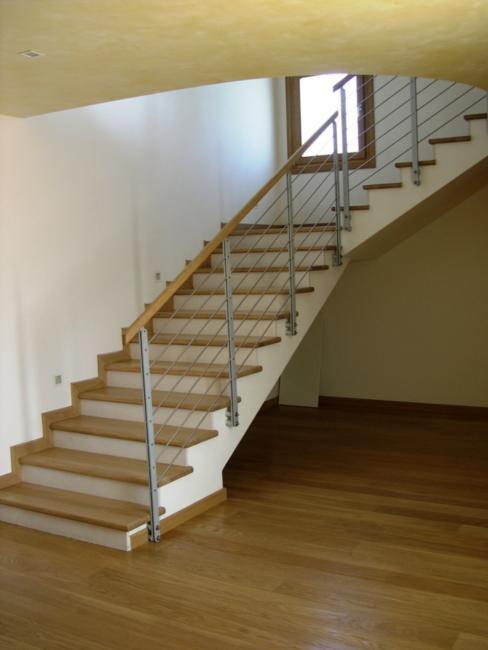 Rivestimento in rovere con alzata in marno rivestimenti scala a rivestimenti d m d scale - Rivestimento in legno per scale ...